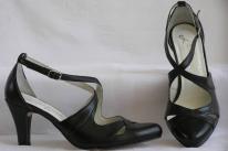 Alkalmi cipő 23