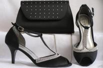 Alkalmi cipő 24