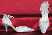 Éva esküvői cipő