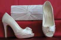 Gina esküvői cipő